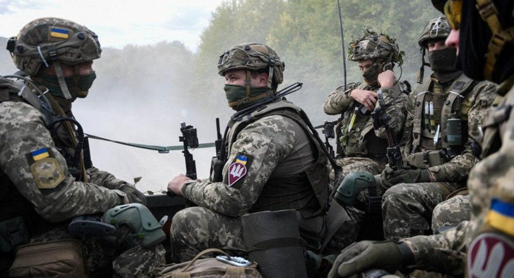 乌克兰军队在顿巴斯