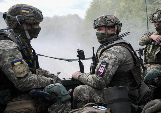 烏克蘭軍隊在頓巴斯