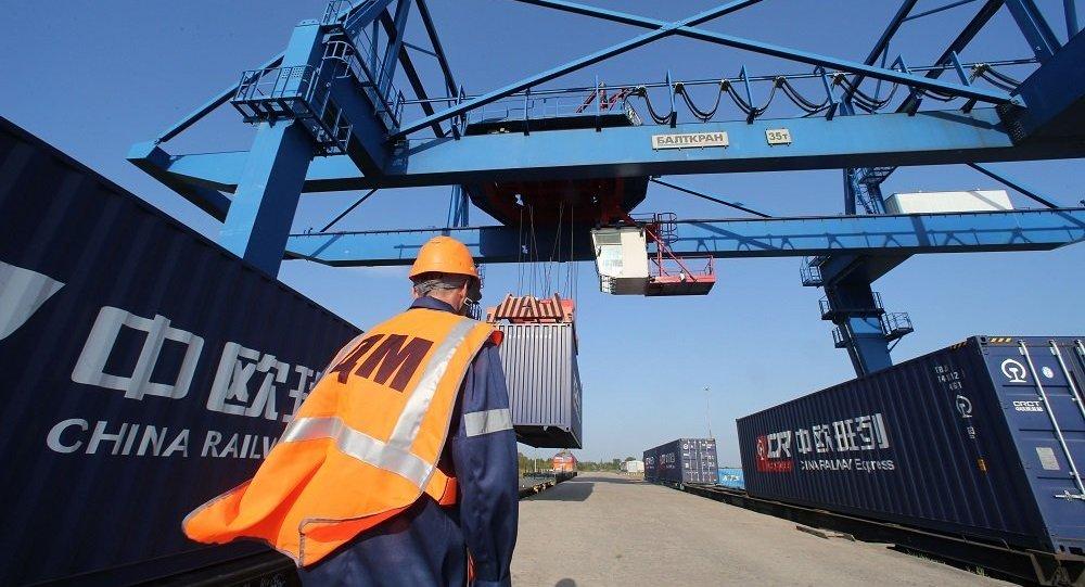 中国呼吁尽早与日韩建立自由贸易区