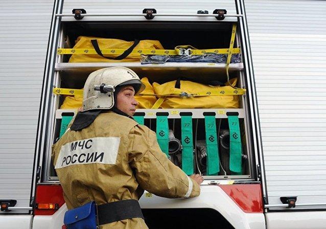 俄紧急情况部:圣彼得堡造船厂正在建造的破冰船上起火