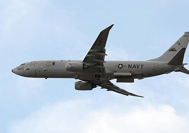 美国军机在刻赤海峡附近侦察飞行