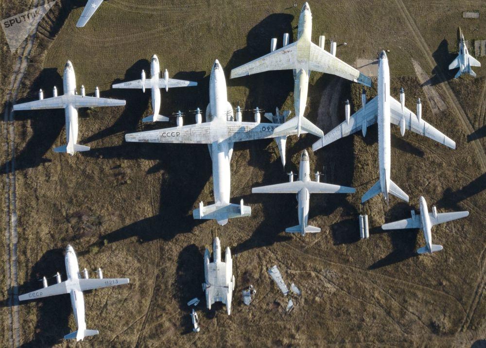 俄羅斯空軍博物館內的飛機和直升機展品