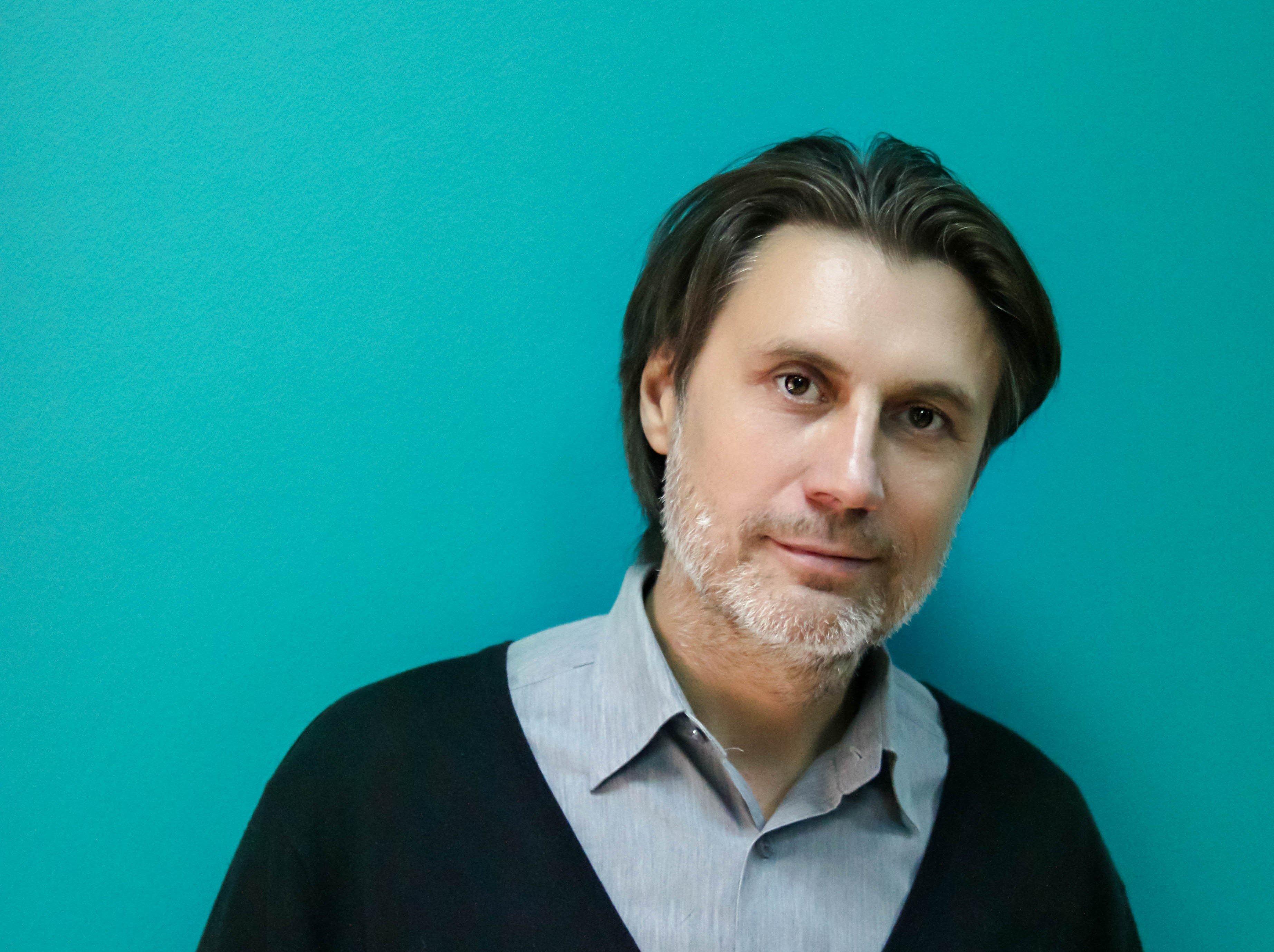 奥布拉兹佐夫国家木偶中央模范剧院总导演、俄罗斯戏剧艺术学院导演和艺术家讲座负责人鲍里斯·康斯坦丁诺夫