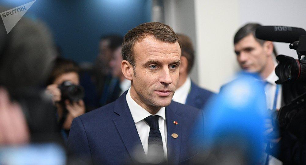 法國總統因日程繁忙而不能出席達沃斯論壇