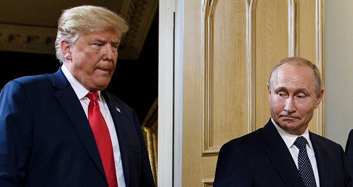 美国民主党人呼吁特朗普的翻译公布其与普京的会谈细节