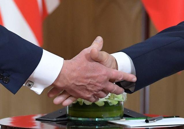 普京:俄美需就《中導條約》等所有複雜問題進行對話