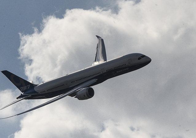 墨西哥总统价值2.19亿美元的飞机将被运往美国出售то.