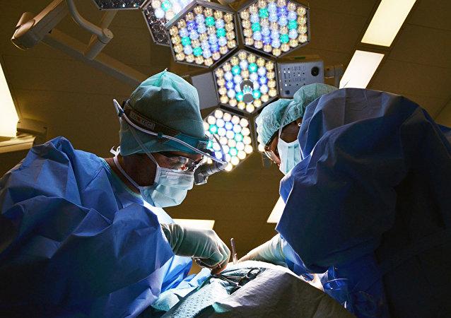 托木斯克理工大學的研究成果使機器零件和病人心臟起搏器零件免於磨損