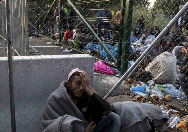 國際移民組織:2018年經地中海抵歐的移民和難民人數突破10.7萬