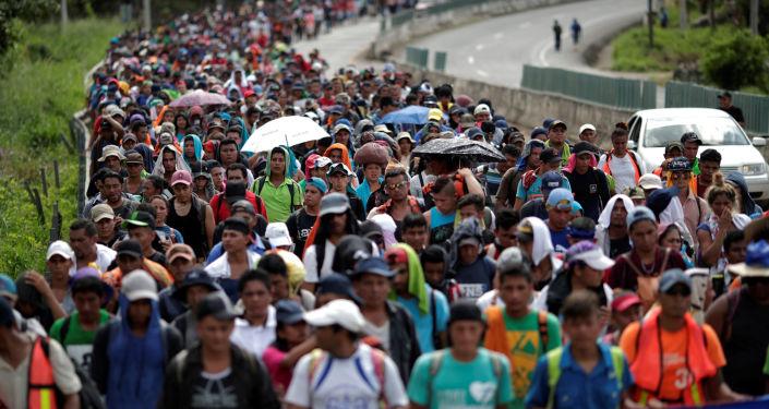 墨西哥內政部:該國準備從洪都拉斯接納2萬名難民