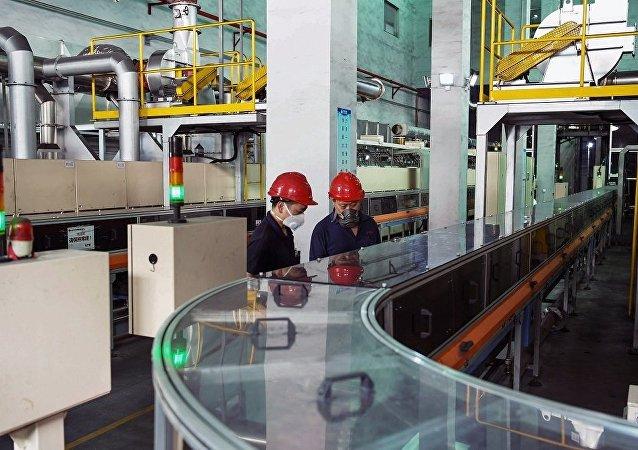 中國如何建立「21世紀的石油」市場的壟斷優勢