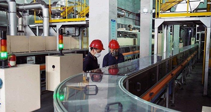 英國專家:中國經濟增長率放緩為過渡到新經濟模式的自然結果