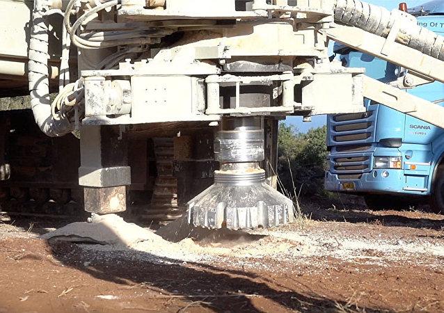 以军摧毁在与黎巴嫩边境发现的隧道(资料图片)