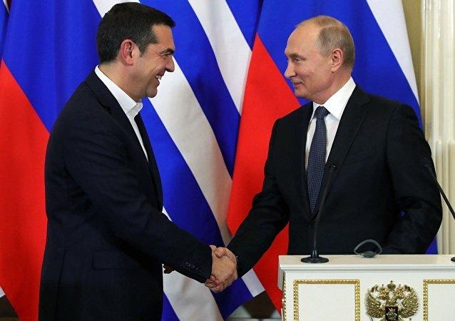 俄罗斯、希腊领导人讨论能源、贸易和投资问题