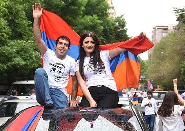 亚美尼亚代总理所属联盟和另两党进入议会