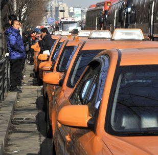 韩出租车司机自焚以抗议汽车共享服务