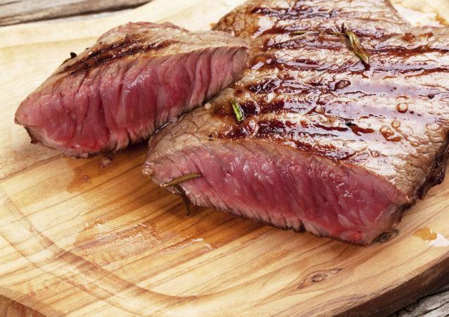 """今年在以色列商店里将出现""""素肉"""""""