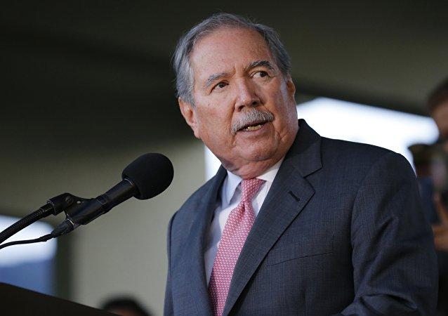 哥倫比亞防長:即使俄圖-160前來助威也不能使哥倫比亞向委內瑞拉屈服