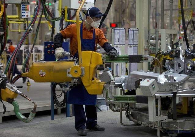 中国统计局:1-2月份中国工业利润同比下降14%