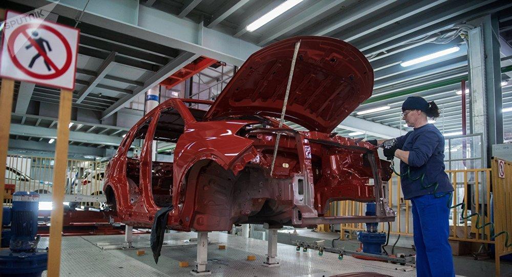 俄图拉州代表团与中国汽车企业讨论投资机遇