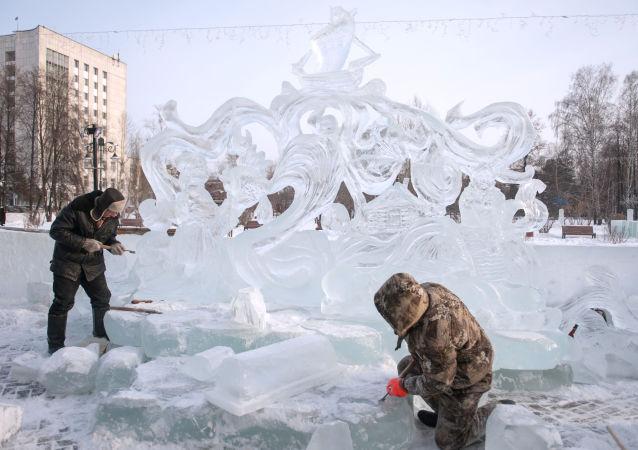 中國隊成為俄托木斯克冰雕節獲勝者