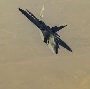 美國F-22戰鬥機在敘利亞領空