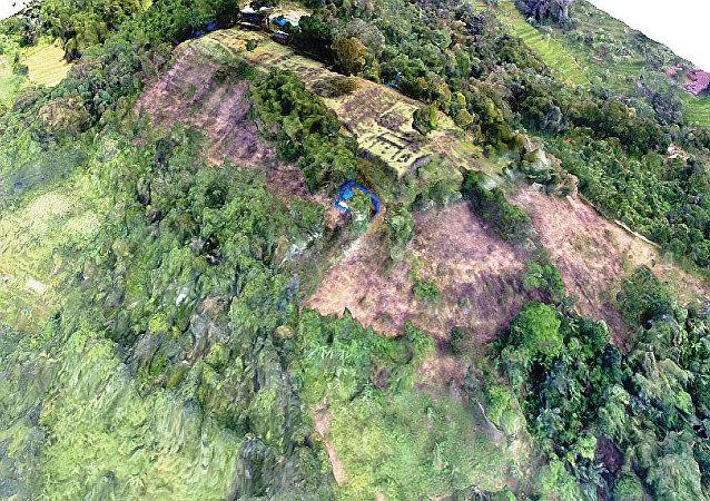 地質學家在印尼森林發現神秘的古代金字塔