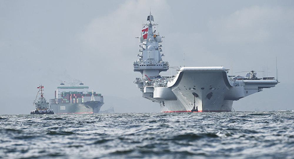 台媒:辽宁号航母舰队正在穿越台湾海峡