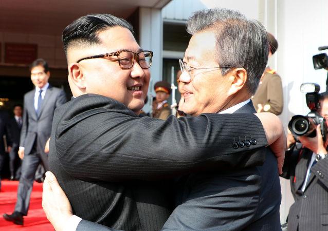 金正恩造型人脸面膜后的监狱:韩国是否做好了朝鲜领导人来访的准备