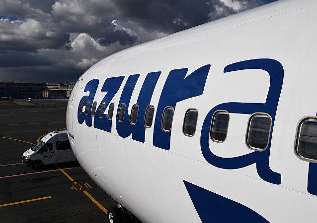 AZUR Аir航空公司的客机
