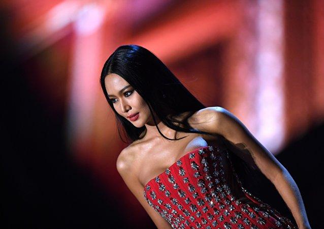 泰国女子 Sophida Kanchanarin