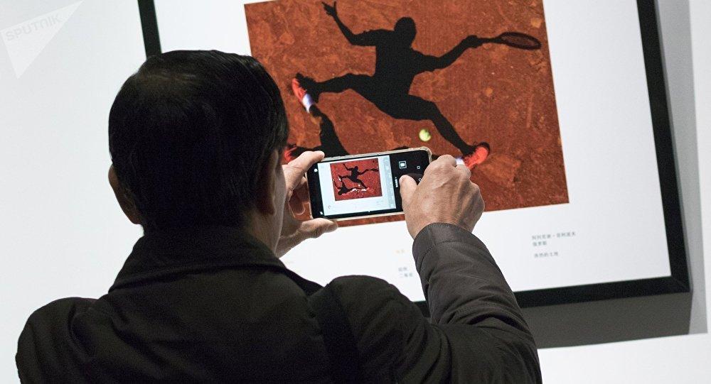 安德烈∙斯捷宁国际新闻摄影大赛官网正式推出中文版