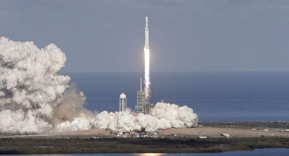美國Falcon9火箭發射