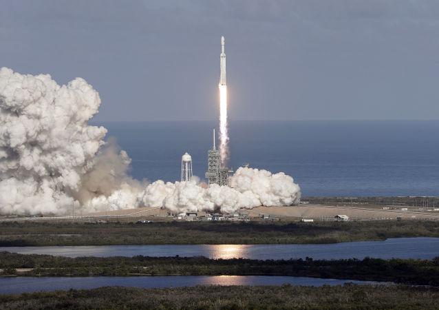 「獵鷹9」號火箭