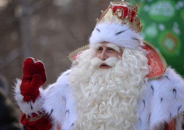 世界各地的圣诞老人