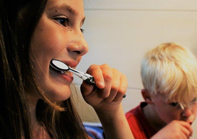 洗发水和牙膏对儿童有意想不到的危险