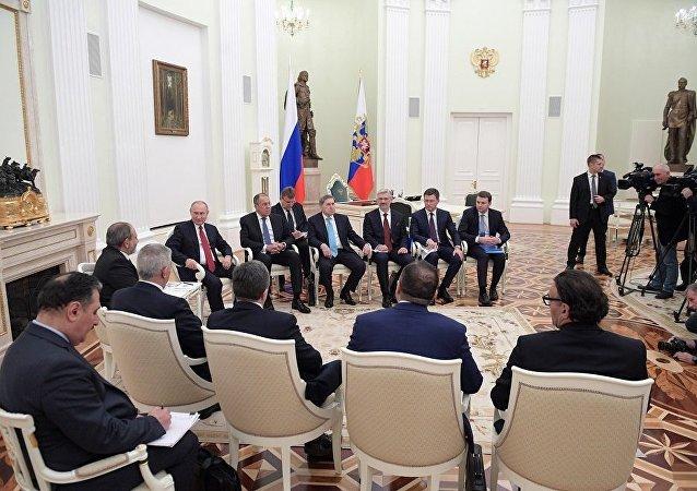 普京:俄羅斯與亞美尼亞關係的良好態勢應該保持