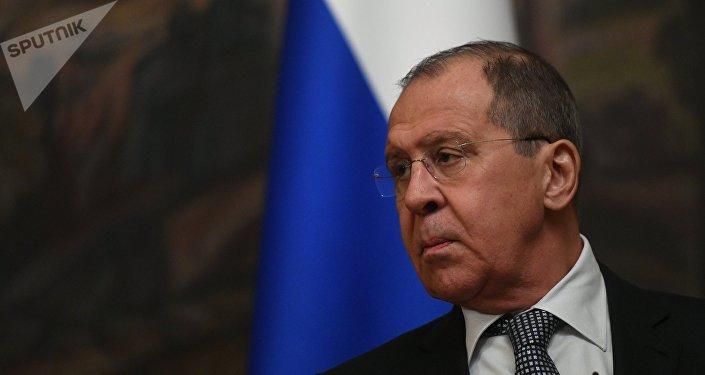 俄罗斯与日本从今天开始就和平条约问题进行谈判