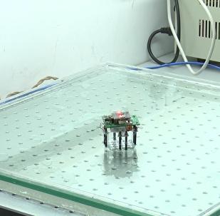 中国科学家造出《终结者》液态机器人