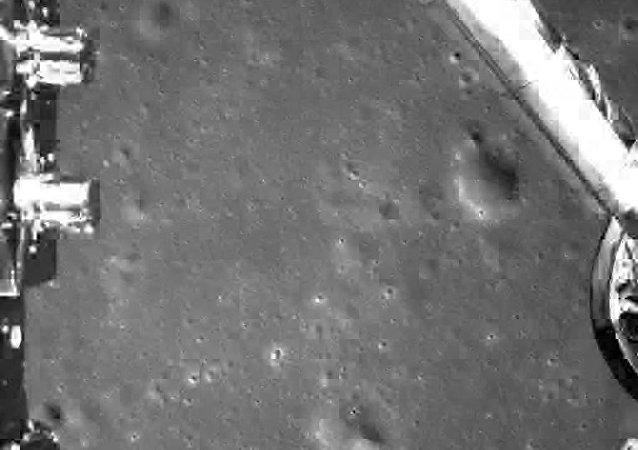 中國嫦娥四號探測器登陸月球背面