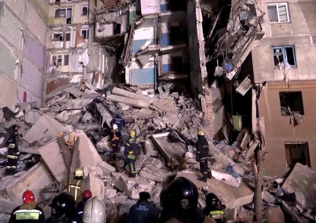 俄馬格尼托戈爾斯克爆炸遇難者家屬將獲100萬盧布撫卹金