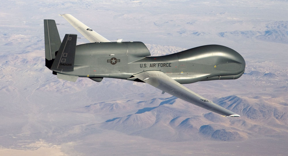 美国空军无人机在克里米亚海岸附近侦察