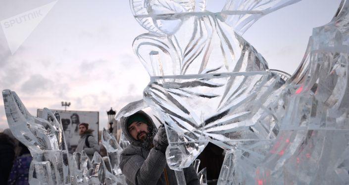 葉卡捷琳堡冰雕節