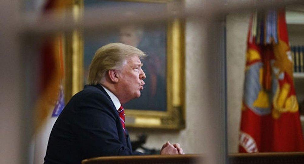 美國民主黨領導人呼籲特朗普恢復政府工作