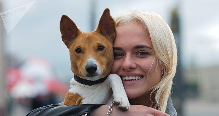 俄羅斯大多數寵物狗主人,年齡在25-35歲之間