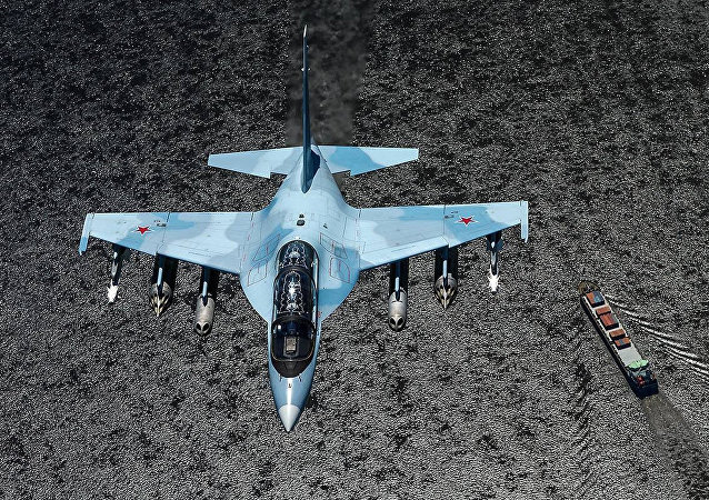 俄已向老撾供應4架雅克-130戰鬥教練機