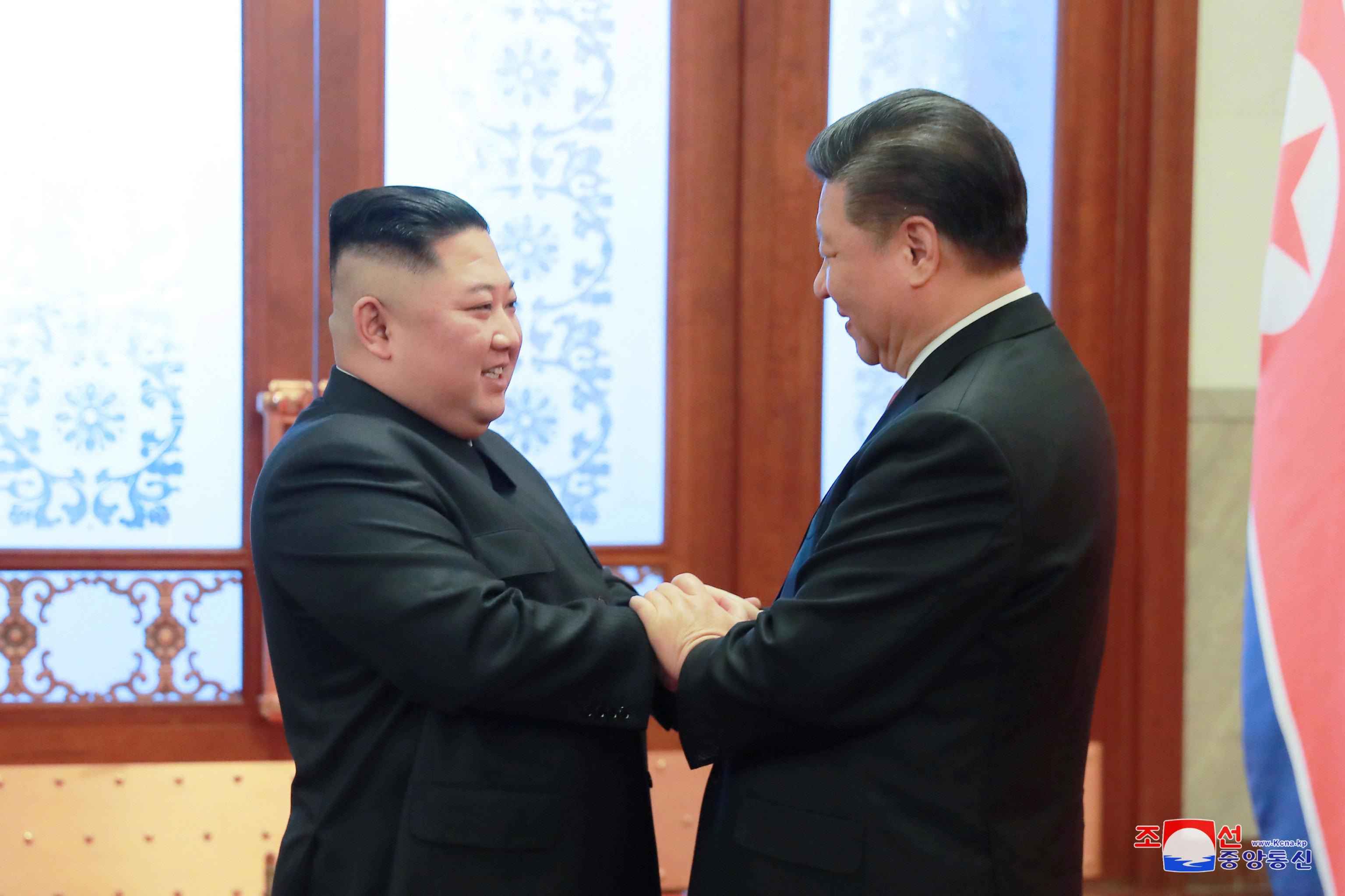 如果习近平出访平壤,将是中国领袖自金正恩2011年12月就职朝鲜最高领导人后的首次访问。中国外交部不掌握有关习近平访问朝鲜的时间和期限信息。