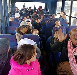近950名难民一昼夜内从境外重返叙利亚