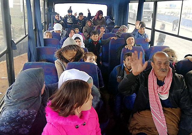 近950名難民一晝夜內從境外重返敘利亞