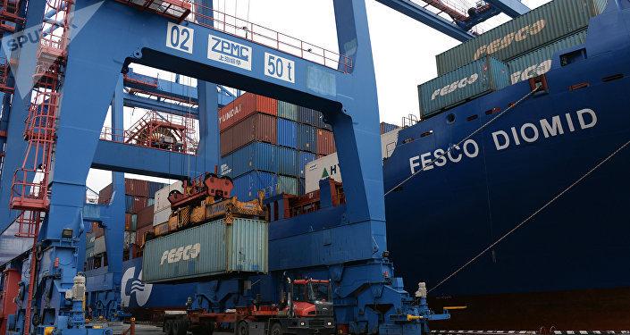 中國海關總署:前5個月中俄貿易額為424.6億美元 同比增長4%